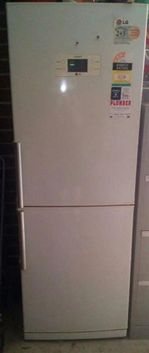 LG no frost fridge in good condition
