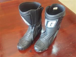Size 9 riding boots for sale
