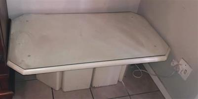 Lovely coffee table for sale