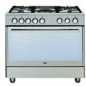 Defy 5 burner Gass stove and electric oven