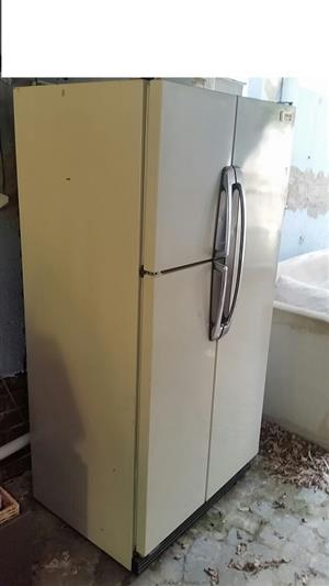 National 3 door fridge/freezer/ice maker/ frost free model NR450EA, R3000.00 no eft cash only, buyer must collect. Randburg contact 0826924086