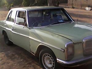 1971 Mercedes-Benz W114