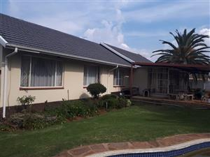 Family home in Edenvale Avenues...with flatlet.