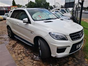 2015 Mercedes Benz ML 63 AMG Performance