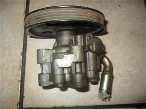 POWER STEERING PUMPS- CHRYSLER VOYAGER FOR SALE