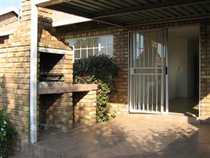 2 Bedroom townhouse for rent in Centurion R 8 600.00 per month