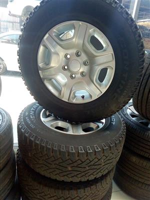 FORD 17 INCH RIMS