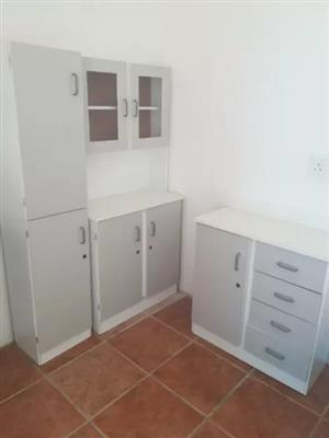 beautiful semi furnished apartment..  R5500 neg.