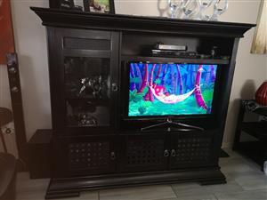 Mahogany solid wood tv unit