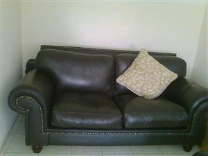 3 PCE GENUINE LEATHER LOUNGE SUITE FOR SALE