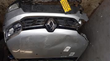 RENAULT SANDERO 900T STRIPPING FOR SPARES