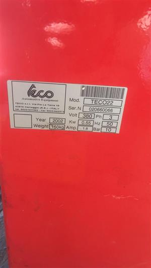 TECO Tyre Changer