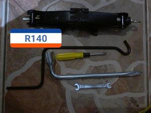 Electric screwdriver set