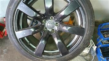 nissan gtr rims with tyers for sale