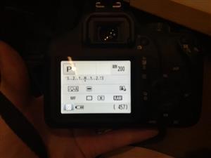 Canon 4000d mint condition