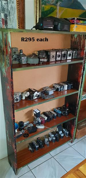 Antique, Classic and Vintage Cameras (R295 EACH)