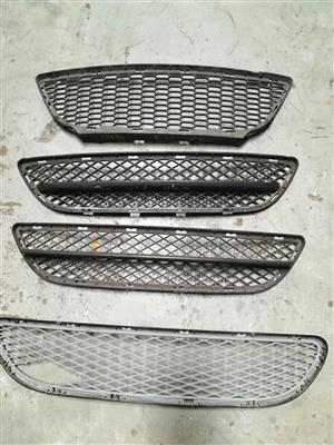 BMW E90 FRONT CENTER BUMPER GRILLS FOR SALE