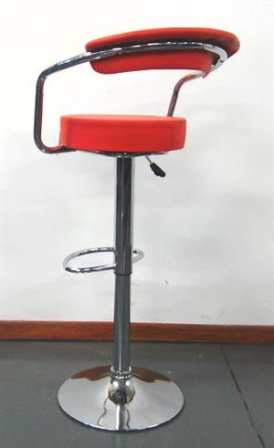 Snug bar stool red