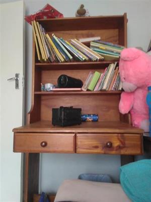Pine wood display cabinet bookshelf