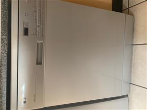 LG 3 in 1 Dishwasher