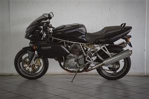 2002 Ducati 750