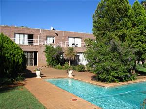 Een en Twee Slaapkamer Woonstelle Te Huur in Spitskop, Bloemfontein