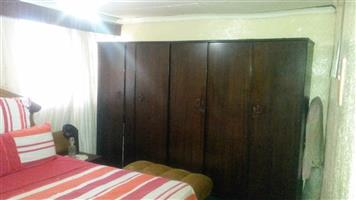 Troyeville two bedroomed house to rent for R5000