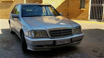 1998 Mercedes Benz C Class C200 Elegance