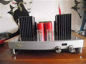 Pathos Twin Towers Valve Tube Integrated Amplifier