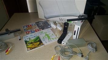 NINTENDO AND WII PLUS BOARD