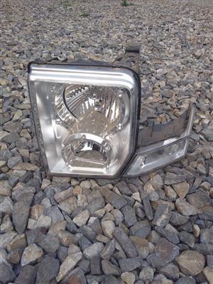 Jeep Commander Headlight