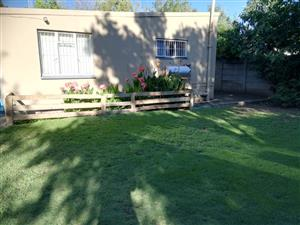 Ultra neat, clean 2 Bedroom cottage with own private garden and entrance - FOR RENT - R5000 pm.