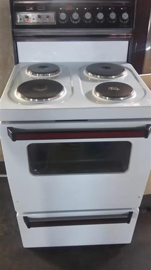 Kelvinator 4 Plate stove