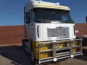 2011 Freightliner Argosy Cummins 500
