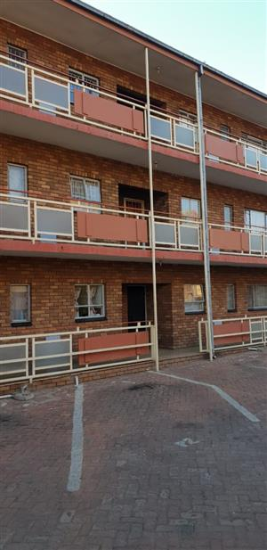 Pretoria Gardens 2 Bedroom flat.