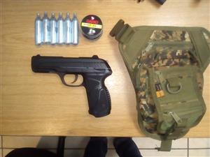 Gamo Pt-85 Blowback Gas Pistol