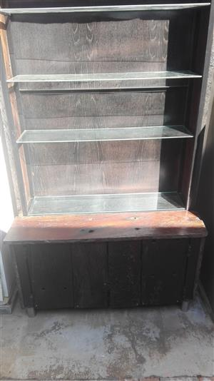 Sleeperwood Drinks Display Cabinet with Two Tables