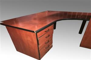 Cherry-wood L-Shape Desk with Drawers