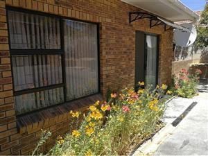 Heldervue - R6300 per month for 1 Bedroom garden flat