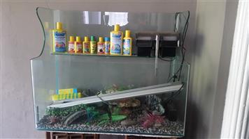 900x450 fish tank