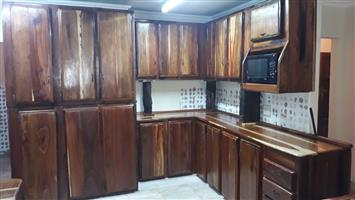 Sleeper wood kitchens