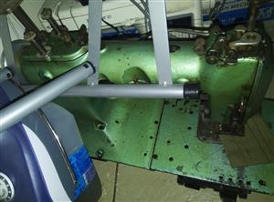 Willcox & Gibbs, Model S15221, 2-Needle industrial 4 thread chain sticth sewing machine