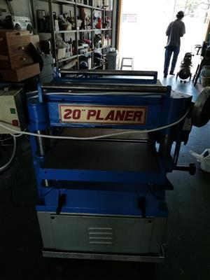 PLANER THICKNESSER 20INCH