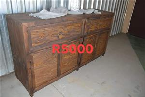 Double wooden cabinet drawer