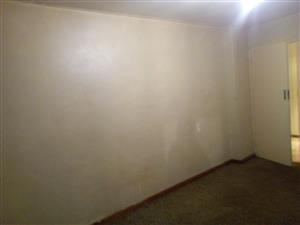 Big bedroom available immediatley