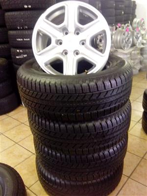 Ford Ranger 17 inch with 265/65/17 Bridgestone Dueller R9500 X4 with free fitmen