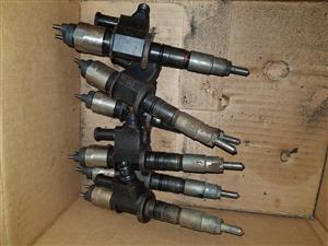 UD330 MD92 Injectors and Fuel Pump