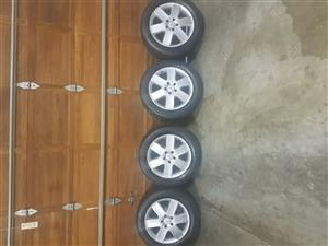 17 inch Mercedes Mags + Tyres. Michellin 225/55/R17. Tyres still good condition. Pretoria east