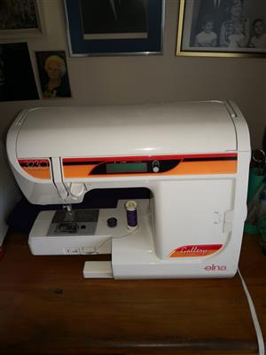 Elna Sewing Machine, Model 3230 Electronic Gallery Series