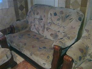 1 x 3 seater 1 x 2 seater 1 x 1 seater lounge suite.
